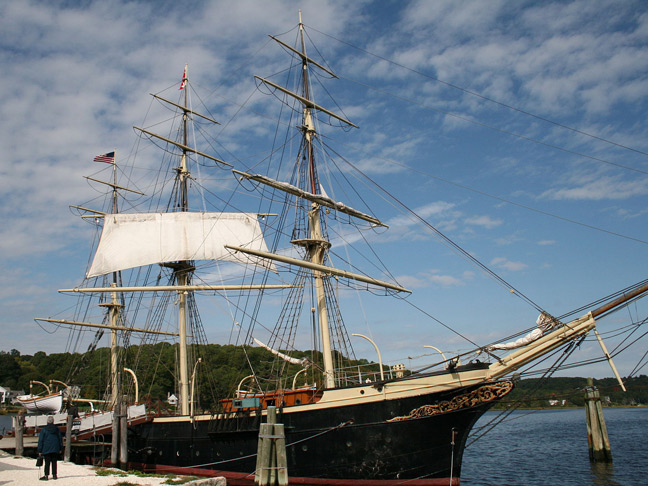 visit-mystic-Seaport