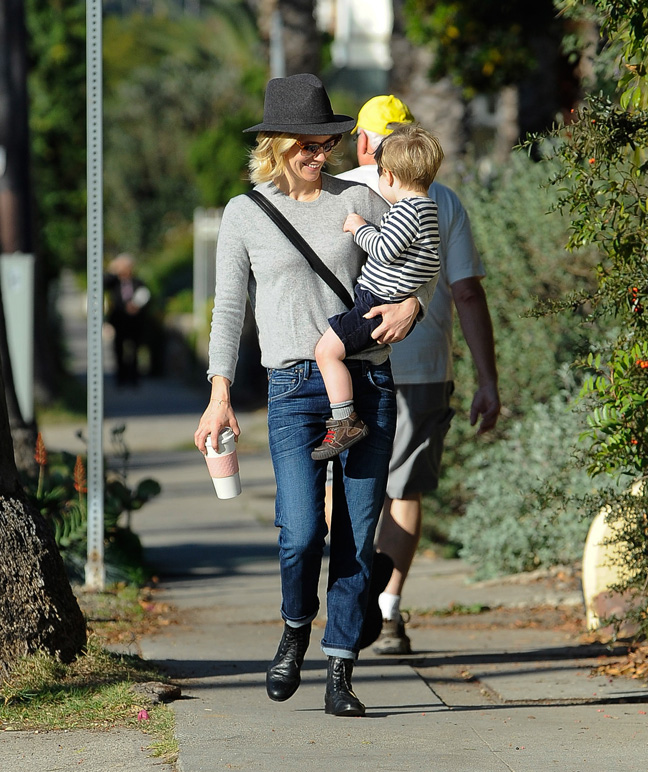 january-jones-wearing-hat-with-child