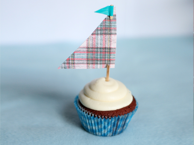 duct-tape-cupcake-toppers