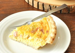 Easiest Ham Cheese & Leek Quiche Recipe for Quick Weekday Breakfasts
