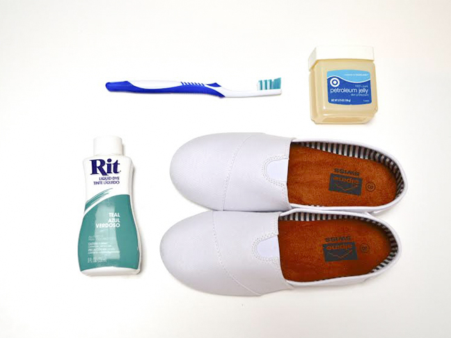 how-to-dye-sneakers-supplies
