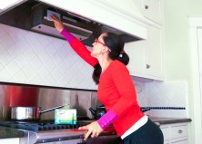 How to Clean a Greasy Range Hood in 3 Easy Steps