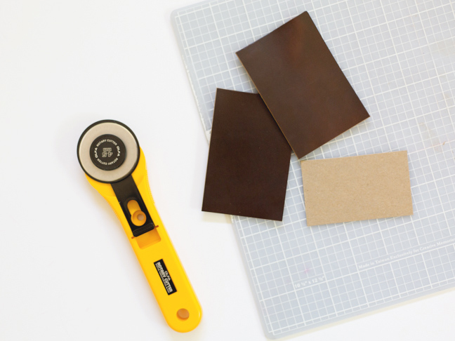 rotary-cutter-leather-chipboard-cutting-mat
