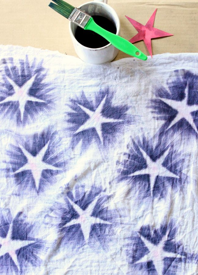 star-red-white-blue-DIY-napkins-paper-july-4th