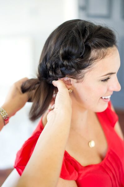 Twisted pull through braid