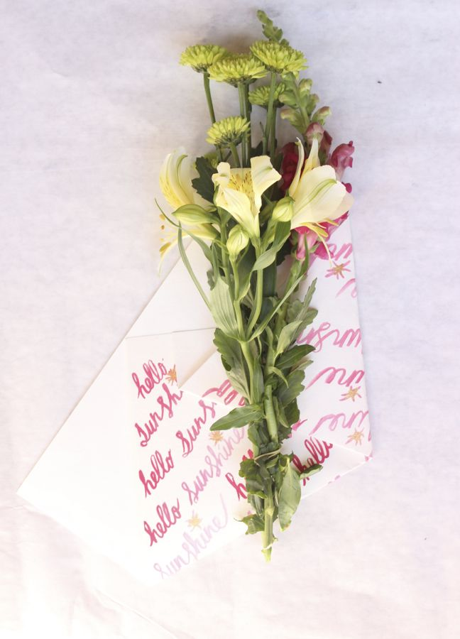 watercolor-diy-flower-wrap-hostess-gift-pink-paper-sunshine-print