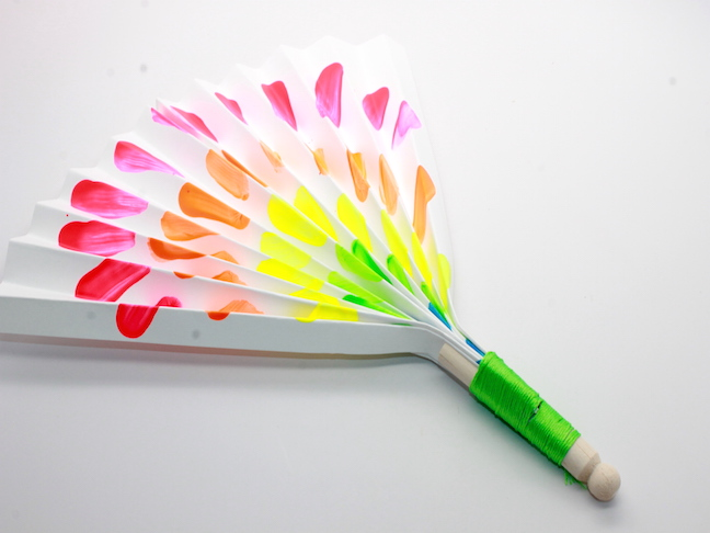 Summer Finger Paint Fan Craft for Kids