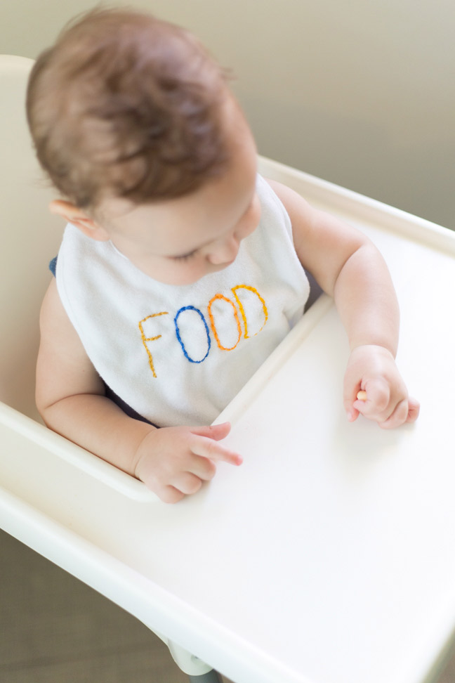 baby-high-chair-diy-embroidered-bib