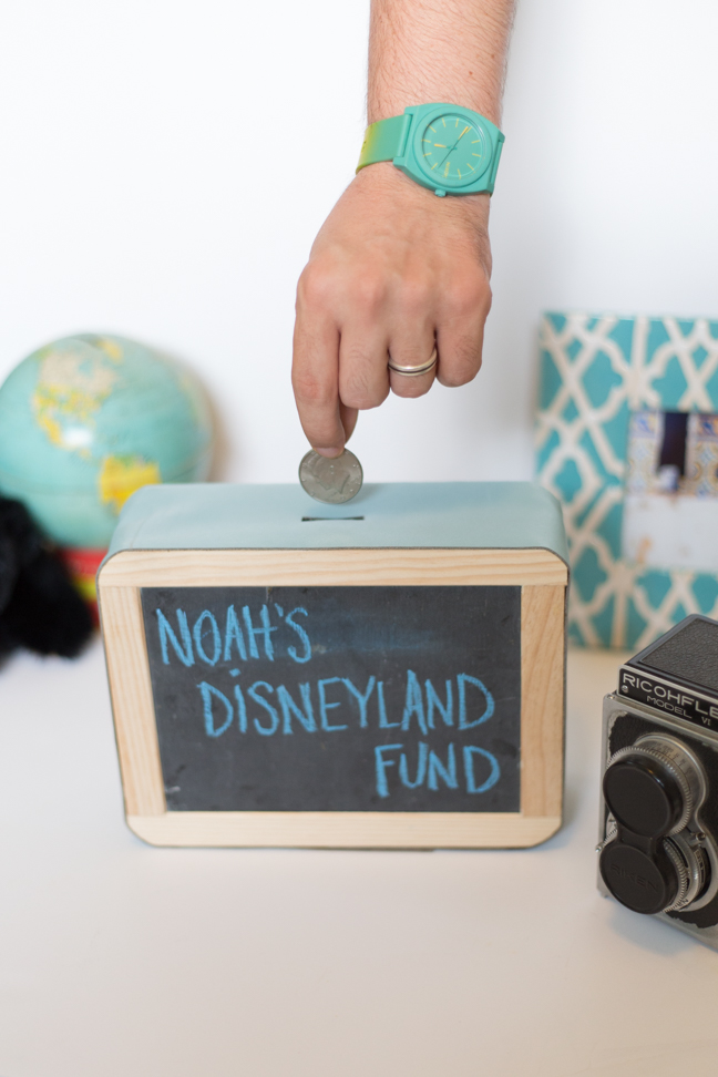 coin-chalkboard-piggy-bank