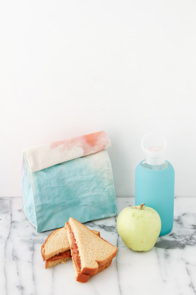 Back to School DIY // Watercolor Lunch Bags
