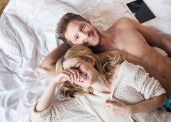 10 Signs That You're Having Mom Sex