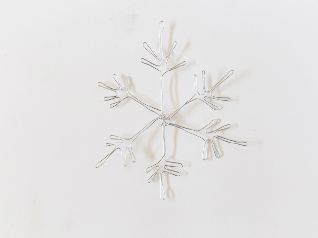 bent-wire-snowflake
