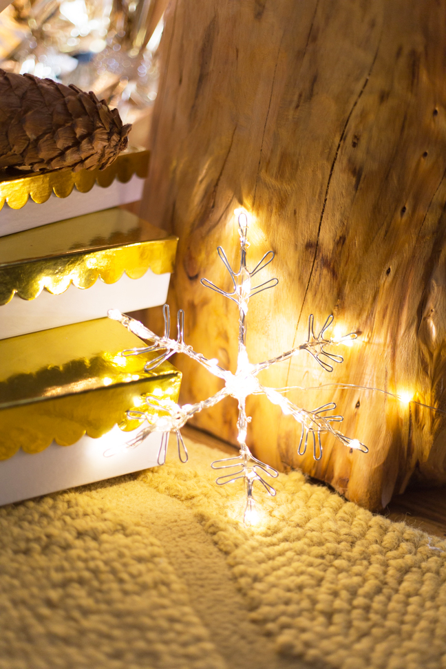 diy-lit-snowflake-christmas-packages