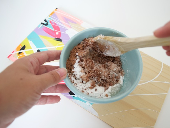 DIY chocolate bath salts - an easter gift tutorial 3