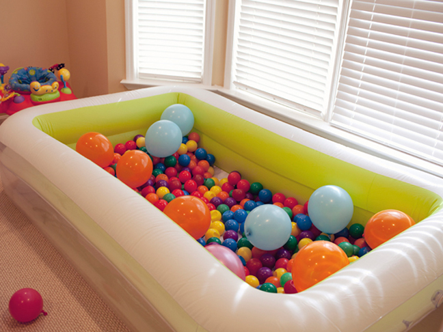 balloon ball pit
