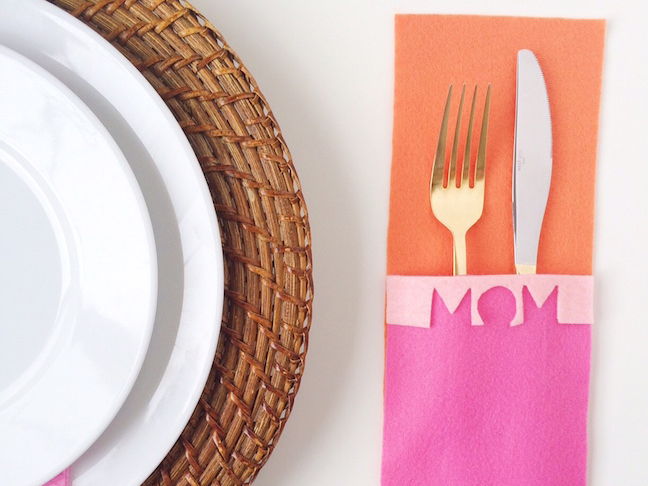 DIY-Modern-MOM-Mothers-Day-Flatware-Mat-Shauna-Younge
