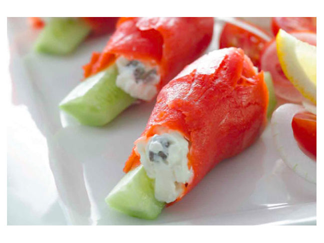 smoked salmon cheese cucumber