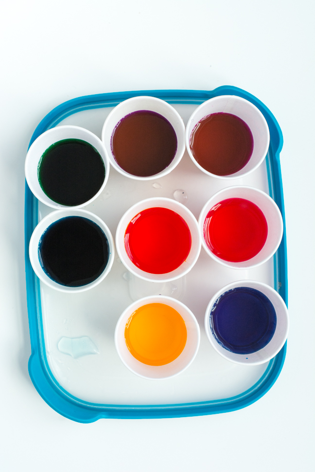 tray of coloured dyes