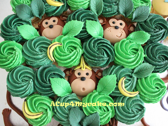 monkey in tree cupcake cake