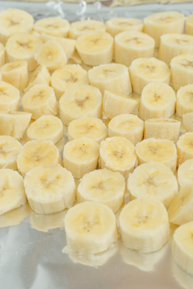 banana slices on foil