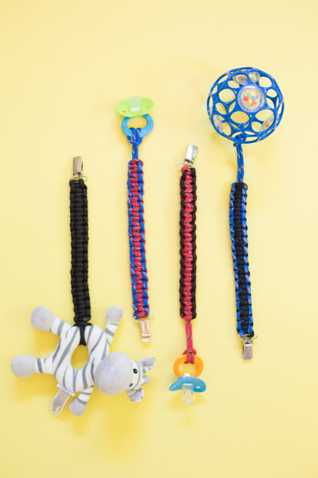 diy-paracord-baby-toy-clips1