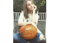 17 Creative Celebrity Pregnancy Announcements