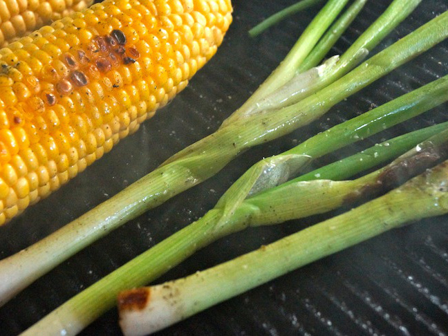 grill-green-scalions-corn on the cob-yellow