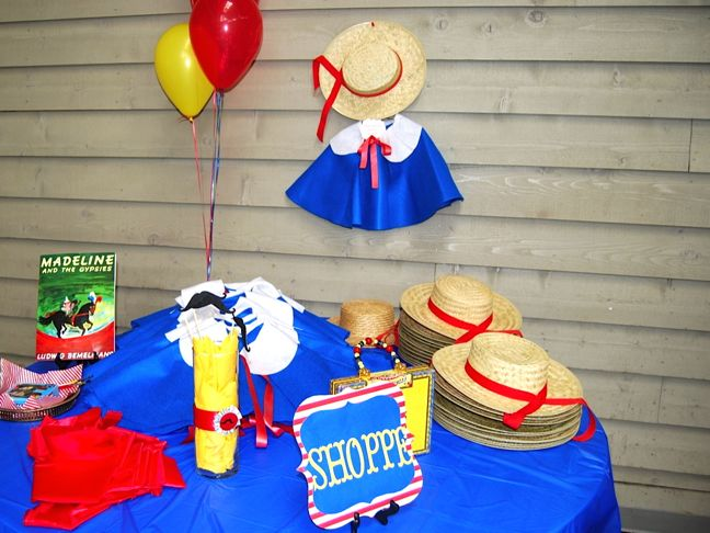 shoppe-madeline-blue-cape-hat-balloons-red-party