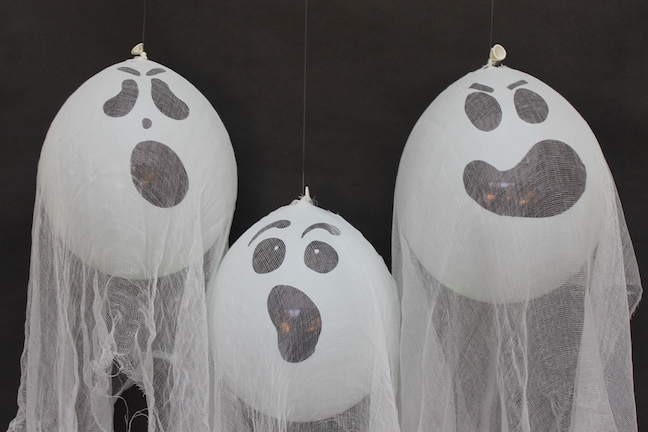 Diy Glow In The Dark Halloween Ghosts