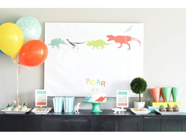 This Modern Dinosaur Birthday Party Isn't A Pain To Pull Off