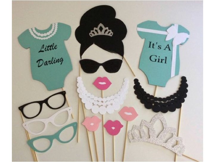 breakfast-at-tiffanys-photo-booth-props