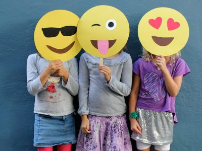 diy-emoji-masks
