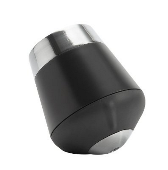 black and silver bottle stopper