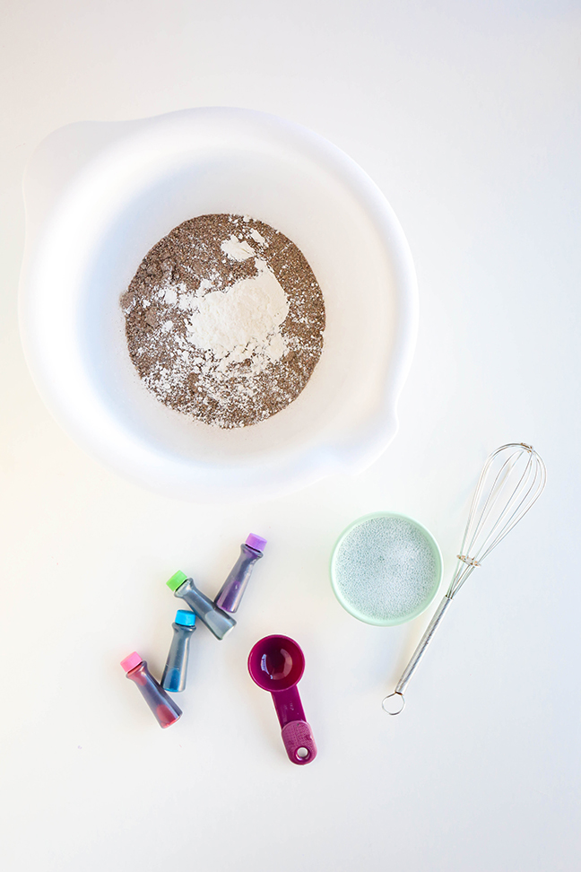 Ingredients for DIY Kinetic Sand To Make With The Kids