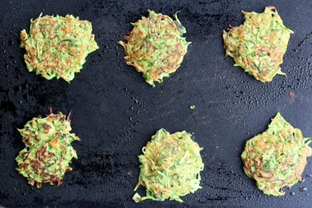 how to make zucchini fritters on a griddle