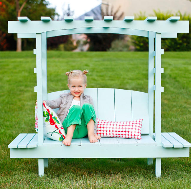 kids-pallet-project-bench-and-arbor