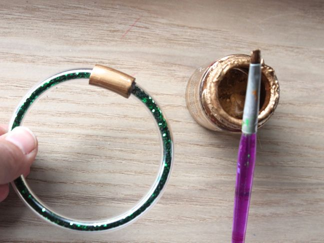 green diy glitter bracelet platic tubing gold paint