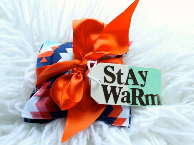 No Sew Hand Warmers To Beat The Winter Chill