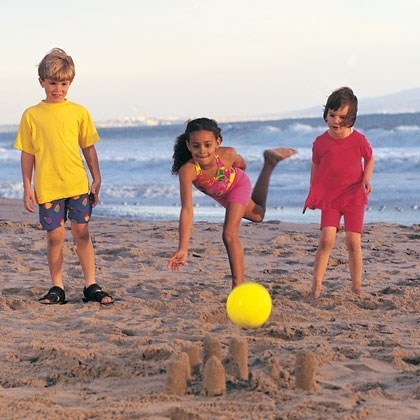 12 Beach Games for Family Fun