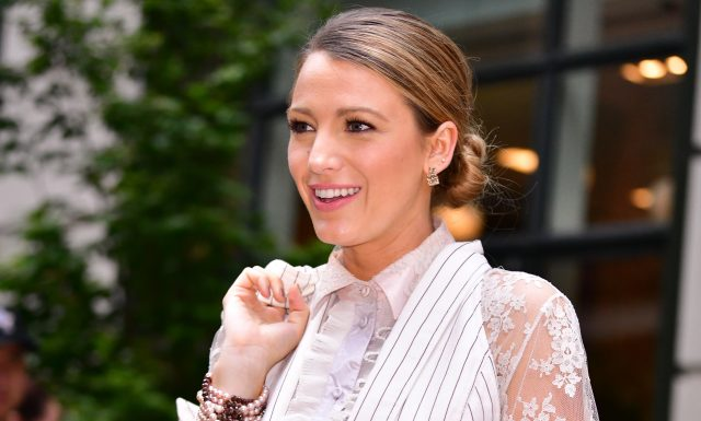How To Get Blake Lively's Chic Bun This Summer
