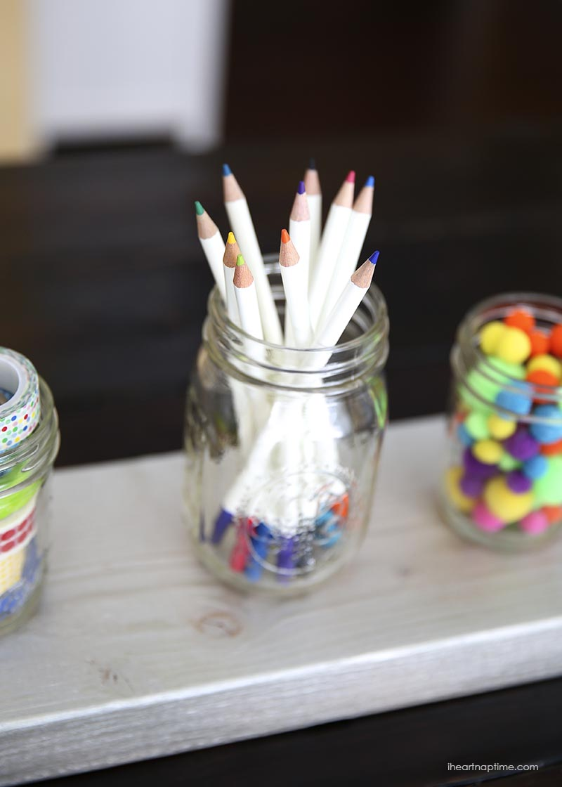 101 things to do with a mason jar crafts and diys for Mason jar bookends