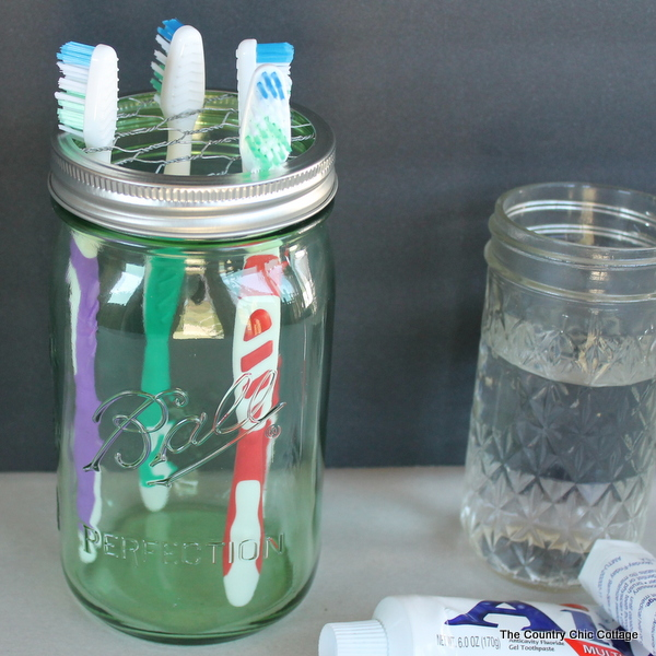 Home Storage: Toothbrush Holder