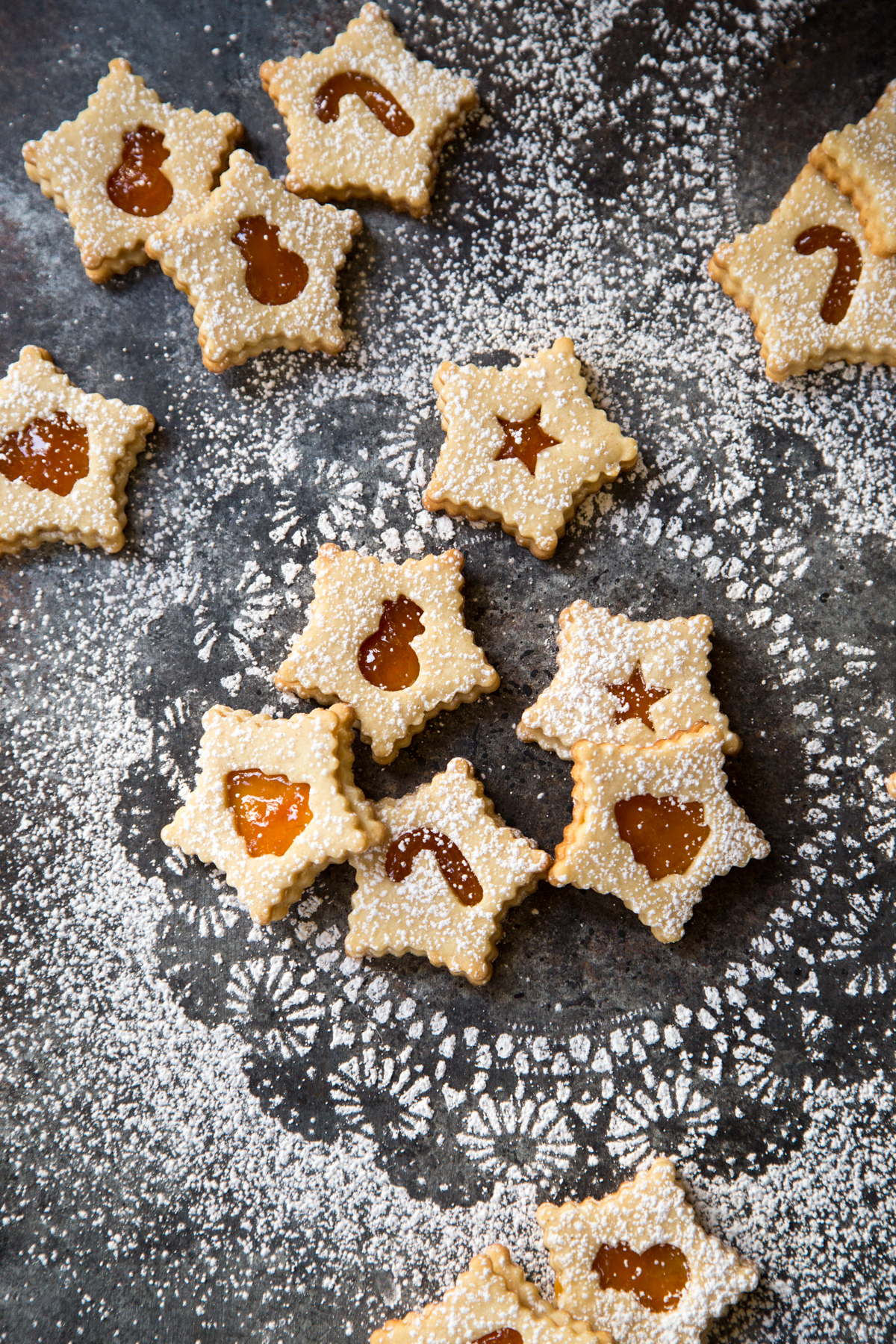 Apricot Almond Linzer Cookies