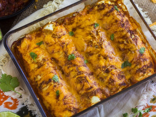 "Healthy Chicken Enchilada Recipe with Egg White ""Tortilla"""