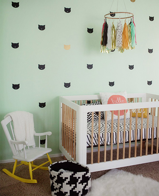 17 Adorable Ways To Decorate Above A Baby Crib: 51 Gorgeous Gender Neutral Baby Nursery Ideas