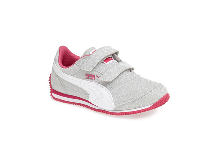 Shop for Skechers shoes for men, women, kids and Performance.