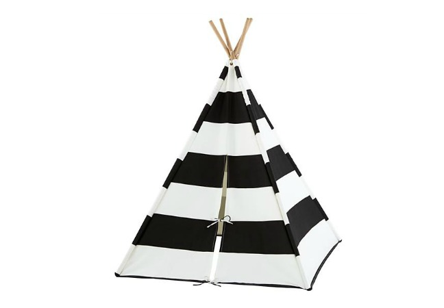 A Teepee To Call Your Own  sc 1 st  Momtastic & Awesome Indoor/Outdoor Play Tents for Kids