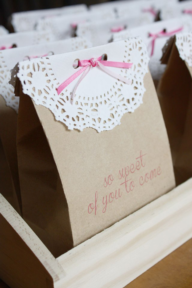Lace and Kraft Paper Bags