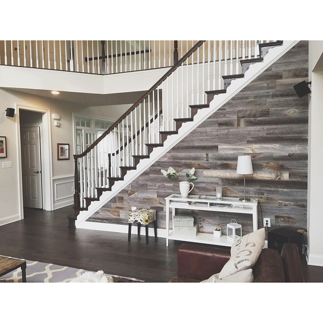 12 Diy Old Pallet Stairs Ideas: DIY Easy Peel And Stick Wood Wall Decor