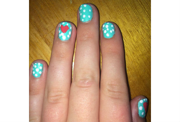 Dotty Accent Nails